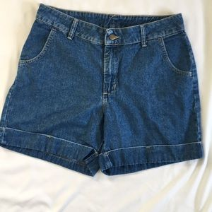 Riders by Lee Vintage Cuffed Jean Shorts size 12